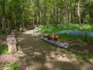 Woodland Garden of Remembrance, Mid Warwickshire Crematorium_CC2.0 David P Howard